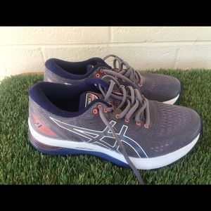 Women's Asics Nimbus 21 Running shoes sz 7.5